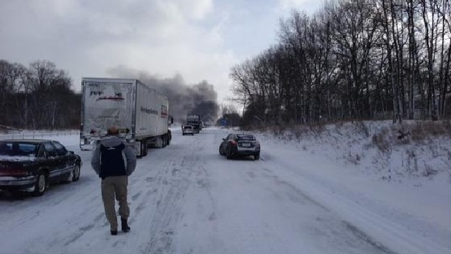 UPDATED - I-94 shut down in Kalamazoo Co  after 90-vehicle