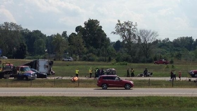 Fatal multiple vehicle accident shut down I-94 near Paw Paw