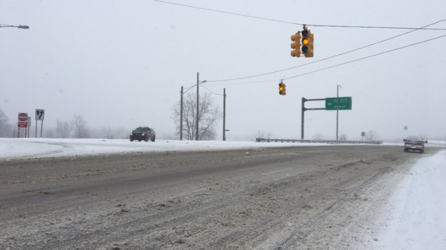 1 dead after snowy US-131 accident, other expressways closed